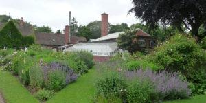 180617 Winterbourne Gardens (9) Middendeel moestuin